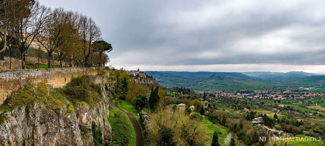 Valles verdes desde Orvieto, Italia