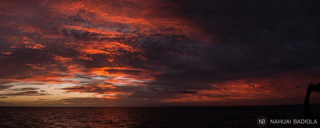 Puesta de sol tras el retorno de la costa napali a bordo de Captain Andys