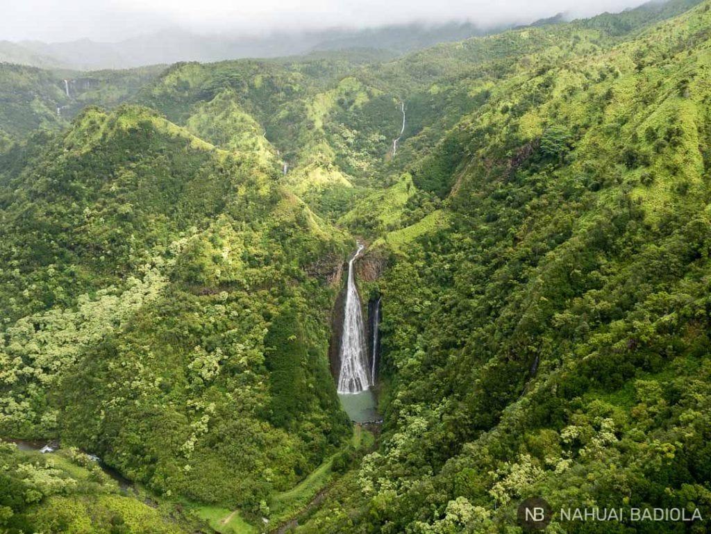 La famosa catarata del principio de Jurasic Park, Kauai