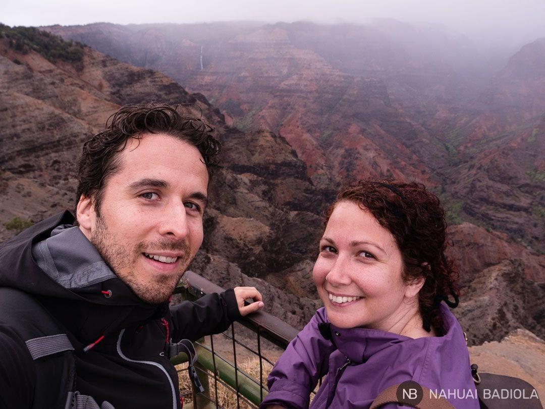 Celi y Nahuai en el Waimea Canyon, Kauai, Hawaii
