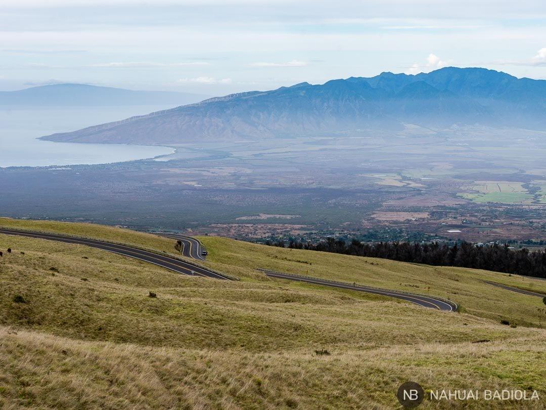 Carretera que sube al parque nacional de Haleakala, en Maui (Hawaii).