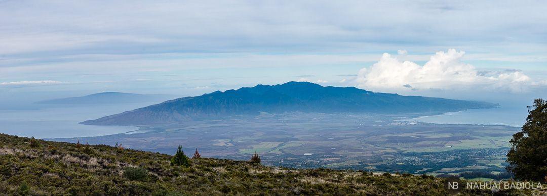 Panorámica de Maui desde la carretera que sube al Haleakala. Hawaii.