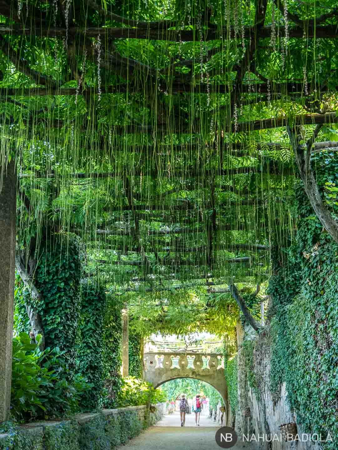 La llamada vía de la inmensidad, dentro de los jardines de Villa Cimbrone, Ravello.