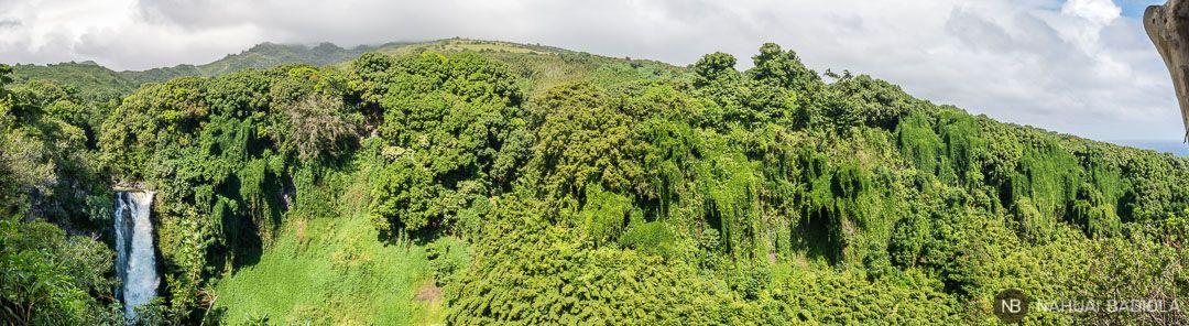 Cataratas Makahiku vistas desde el sendero Pipiway, Hana.