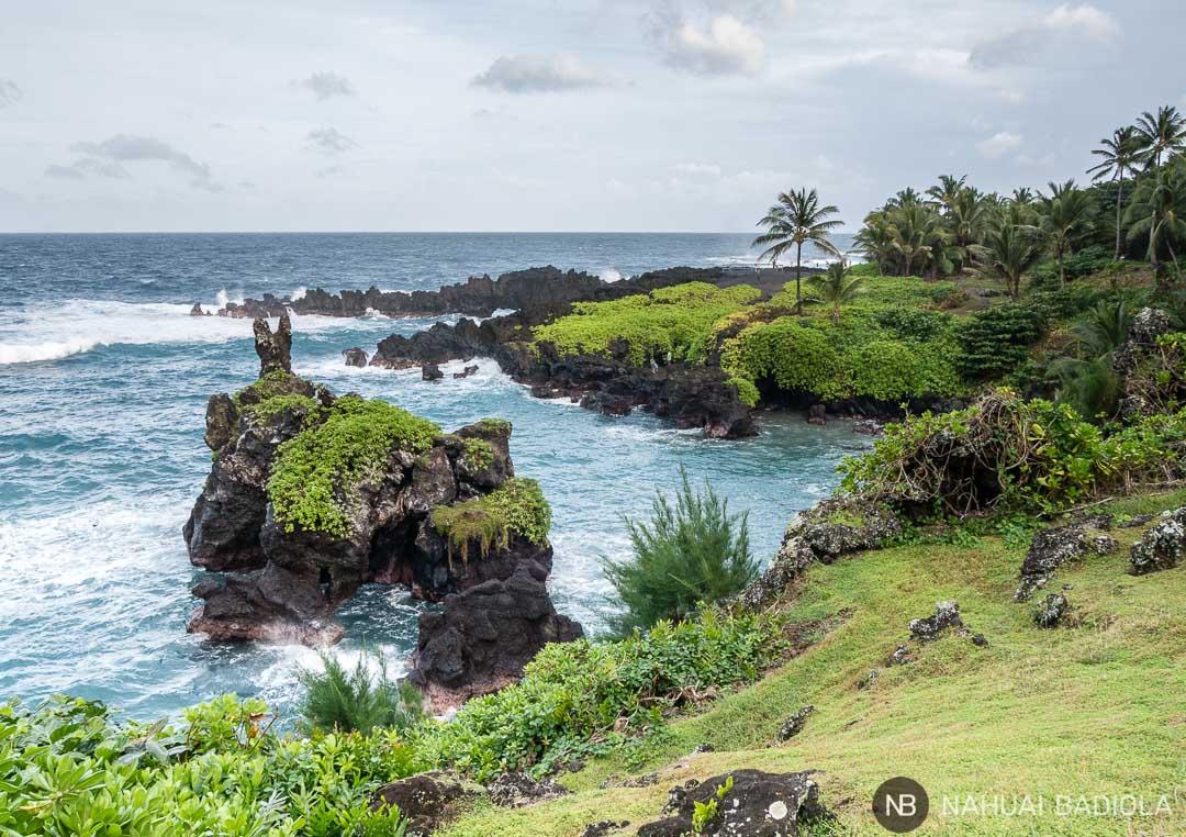 Parque de roca volcánica negra Wai'anapanapa, en el Road to Hana.