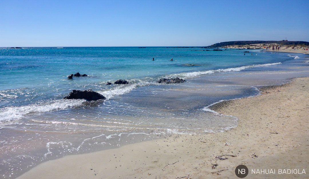 Costa que llega hasta la isla de Elafonisi