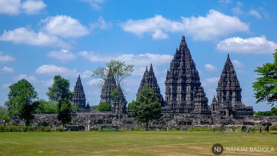 Panorámica de los templos hindús de Prambanan