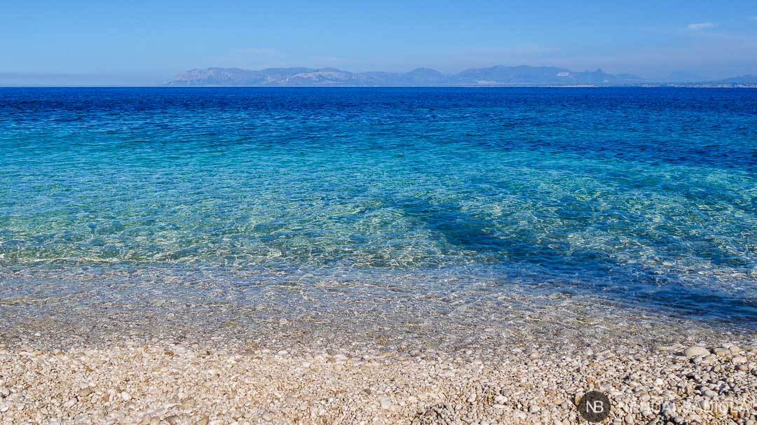 Color del mar en la reserva del Zíngaro, Sicilia.