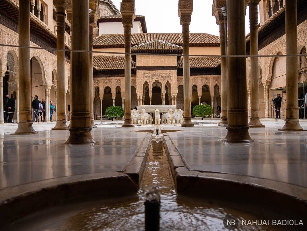 Fuente de los leones de la Alhambra de Granada.