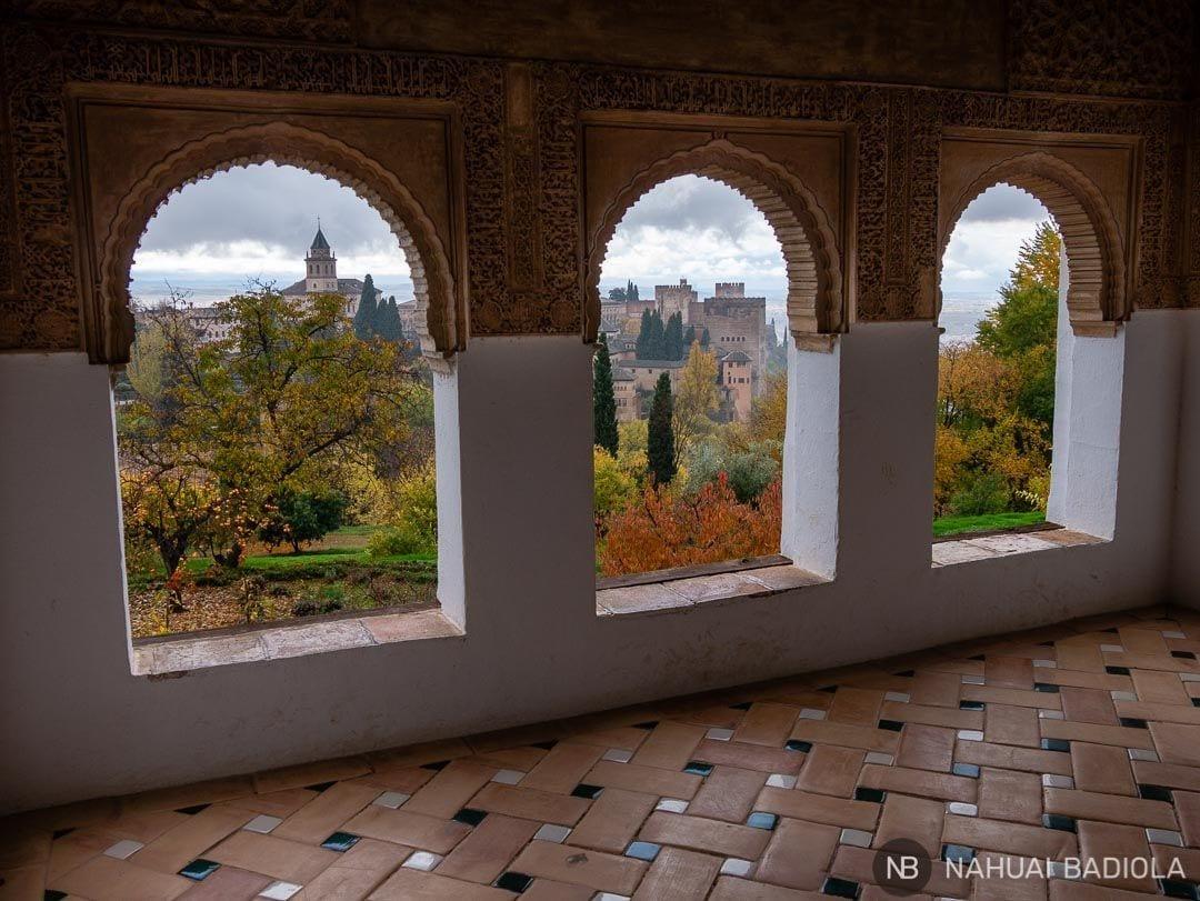 Vistas del recinto de la Alhambra desde el Generalife.