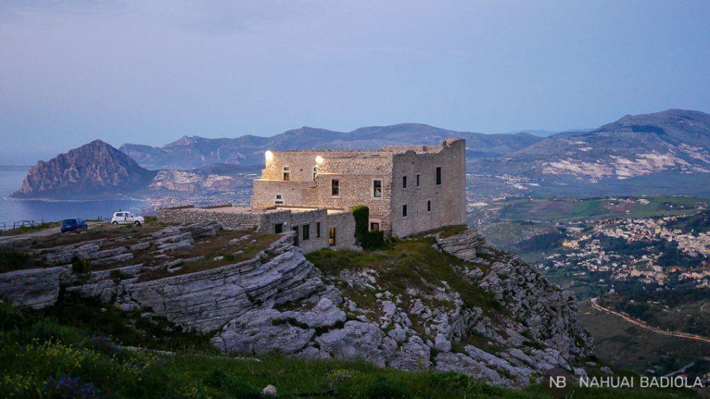 El Quartiere Spagnolo y sus vistas del monte Cofano