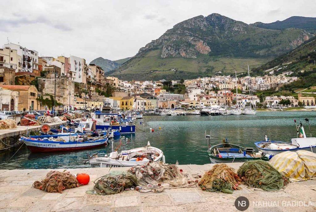 Puerto pesquero de Castellammare del Golfo, Sicilia, Italia.