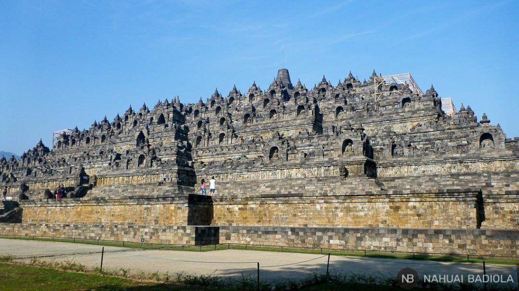 Lateral del templo budista de Borobudur, Indonesia.