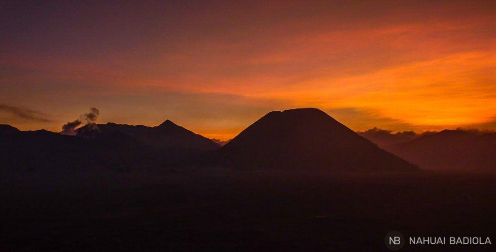 Puesta de sol en Bromo, Indonesia