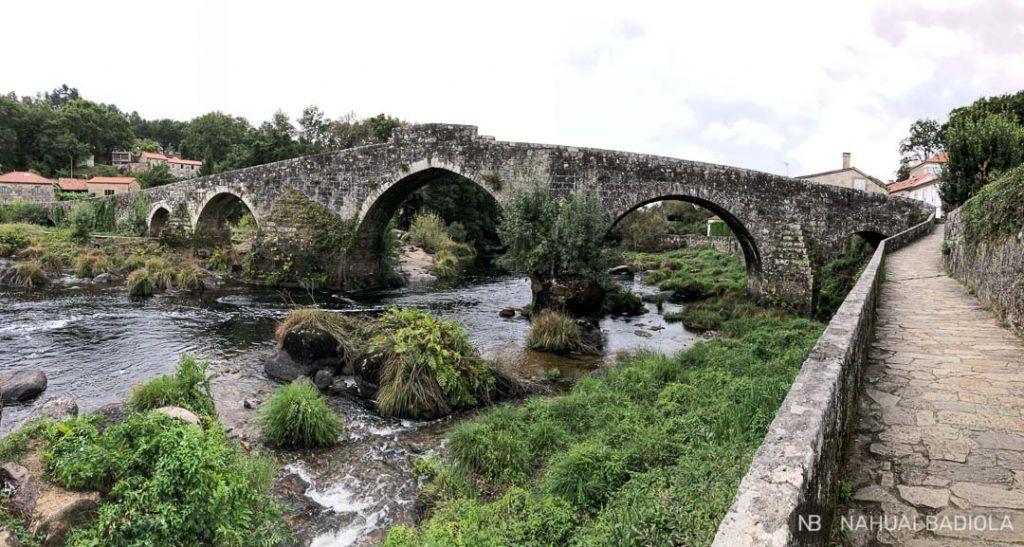 Puente en el camino de Santiago a Finisterre