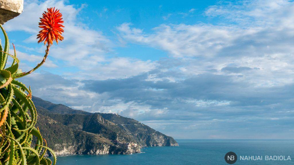 Mirador en Corniglia hacia Manarola