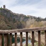 El mejor punto panorámico para ver los acantilados de lava en Castellfollit de la Roca