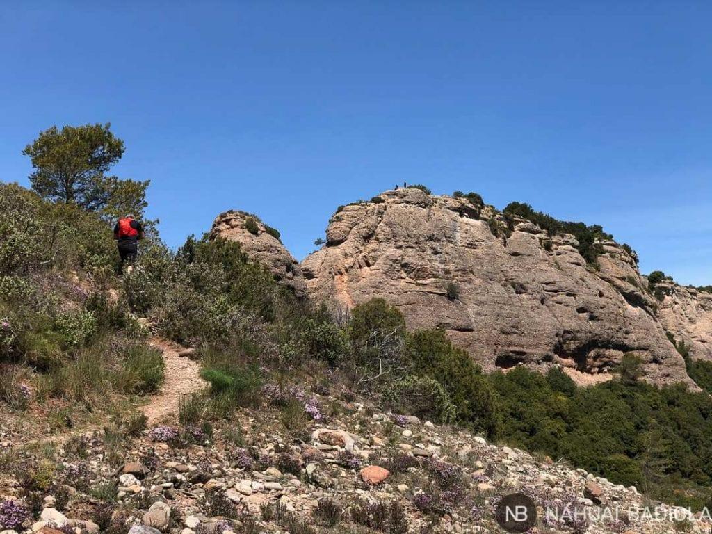 Subida a Castellsapera en parque natural de Sant Llorenc